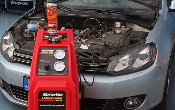 EGR en inlaatsysteem reinigen met MotorVac goedkoper en